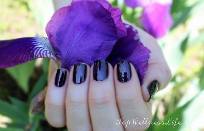 OPI Nail Lacquer 2