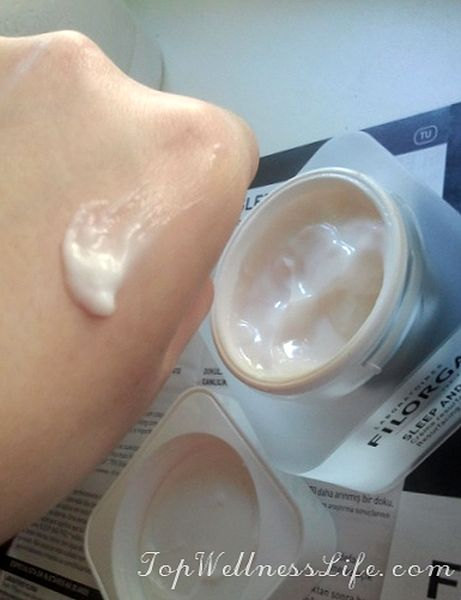 Laboratories Filorga Sleep and Peel Resurfacing Night Cream. Night smoothing cream.