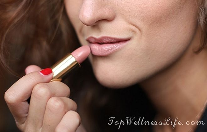 Luxury gloss from Lancome L'Absolu Rouge №250 2