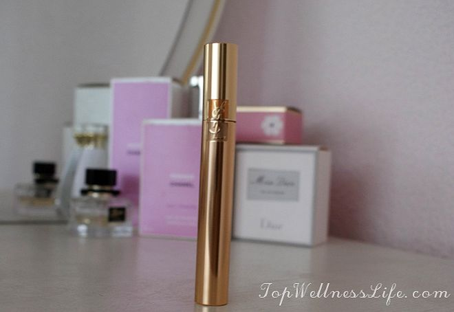 The updated mascara to add volume YSL Volume Effet Faux Cils Luxurious Mascara For A False Lash Effect in Black 9