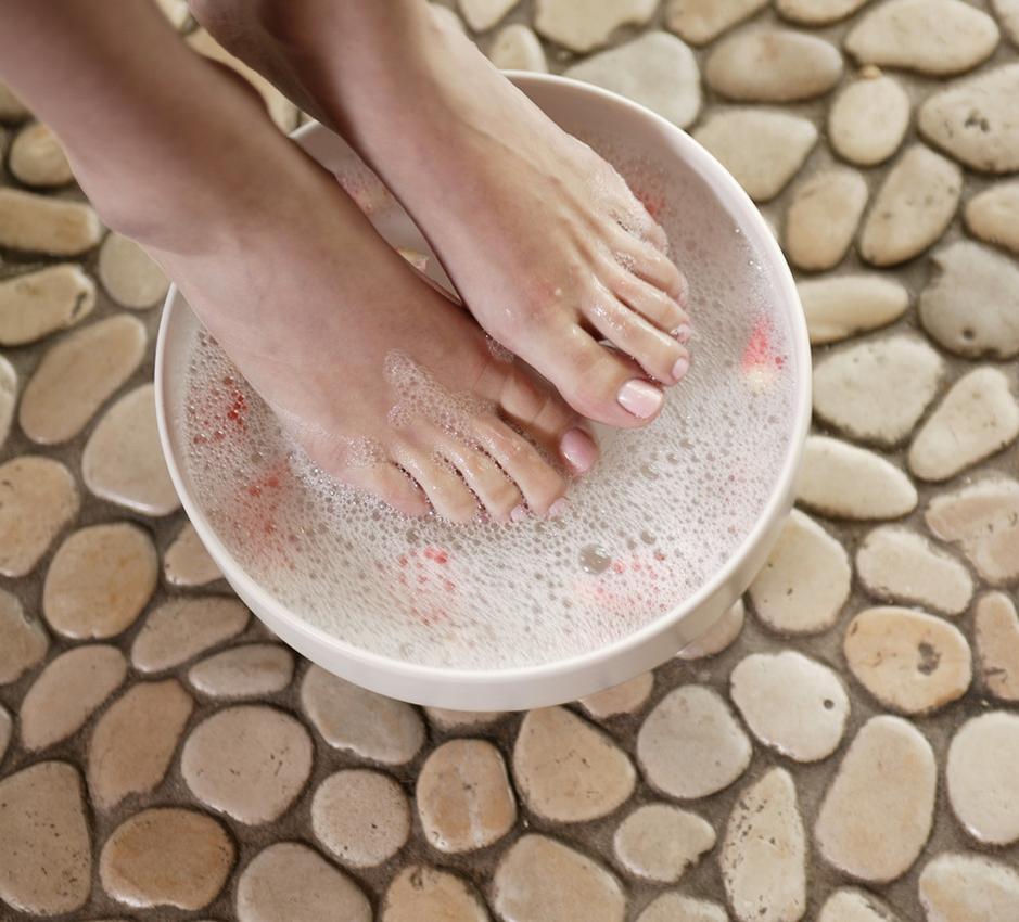 Use soapy-soda bathes