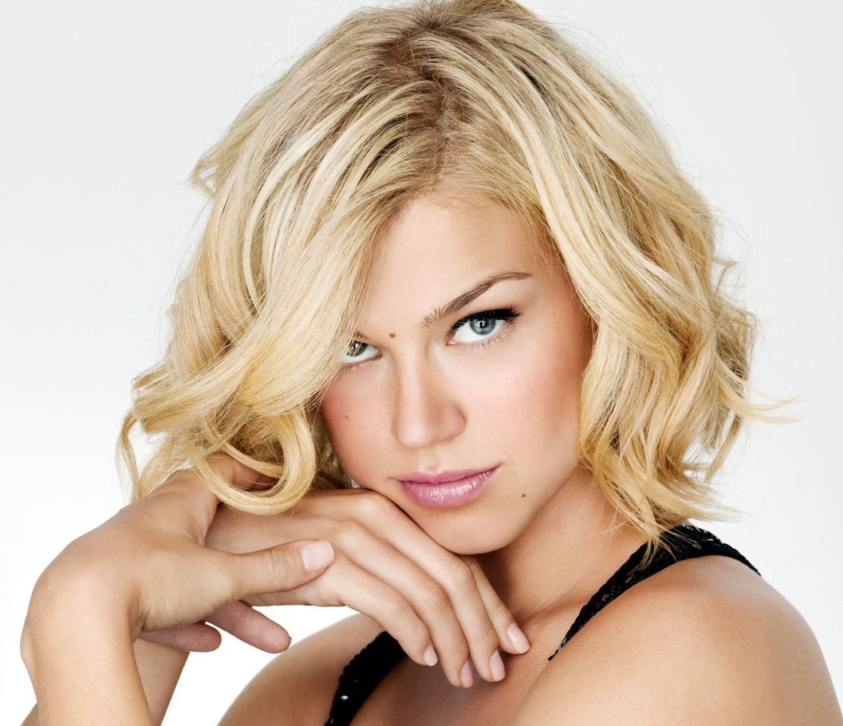 Choosing Hairstyles For Round Face What Will Suit You And What Will