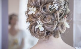 choose your wedding hairdresser with a trial
